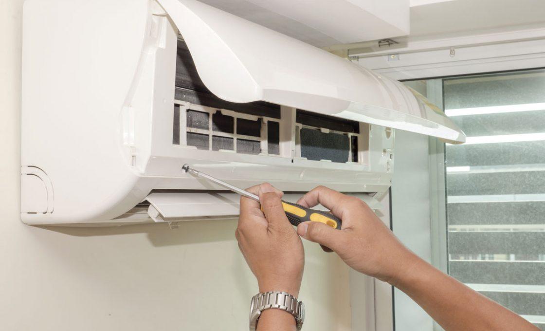 Manutenzione dei condizionatori: perchè è utile farla e qual è la normativa a riguardo