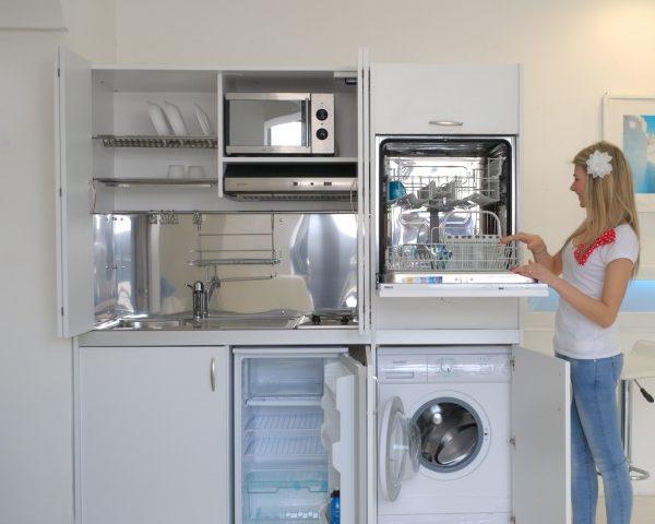 Cucina armadio la cucina armadio a scomparsa immobil - Cucina armadio a scomparsa ...